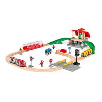 Brio комплект централна гара с влакчета и релси