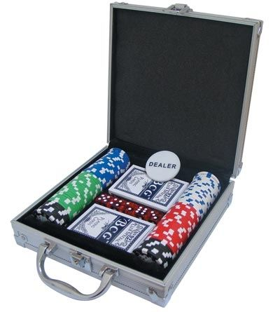 Комплект за покер - карти, зарове и чипове 11,5гр.