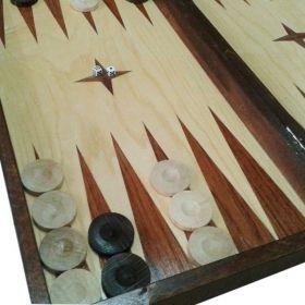Комплект шах и табла с естествен махагон