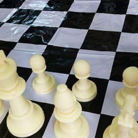 Пластмасови фигури за шах Ригано + табло за игра