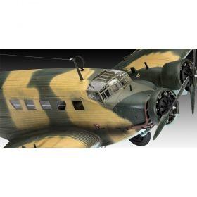 Сглобяем модел Revell – Юнкерс Ju52 транспорт
