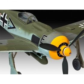 Сглобяем модел Revell – Самолет Фоки Улф Fw190 F-8