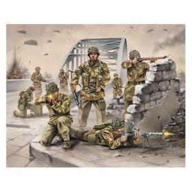 Британски парашутисти WWII - Сглобяеми модели Revell