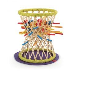 Дървена игра с издърпване на клечки