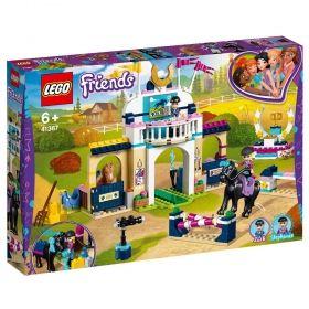 LEGO® Friends 41367 - Stephanie's Horse Jumping