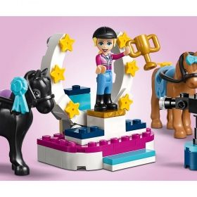 LEGO® Friends 41367 - Stephanie's Horse Jumping