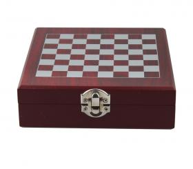 Комплект шах с аксесоари за вино, 16.5x14.8 см, дървена кутия