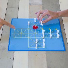 Настолна игра Kikkerland - Лисица и Гъски