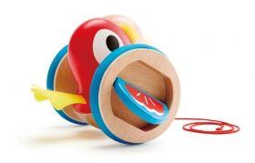 Hape  Дървена играчка за дърпане – Пиленце