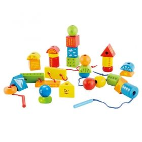Hape  Разноцветни кубчета и форми за нанизване